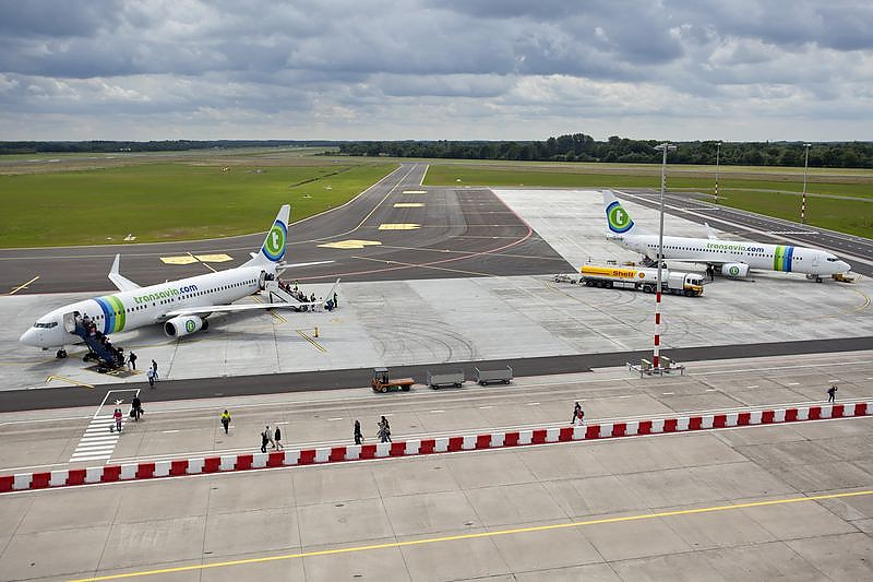 Transavia op vliegveld Eelde